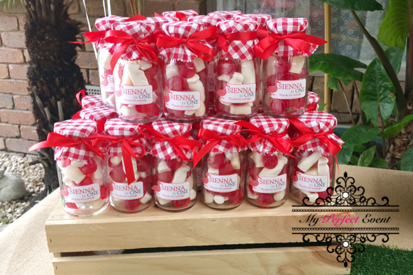 This image has an empty alt attribute; its file name is MPE_FarmThemeBirthdayPartyHire_farm-lolly-jars.jpg