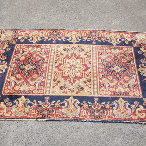 Red rug Ballarat hire