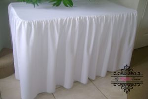 White fitted table cloth 180cm party hire Ballarat